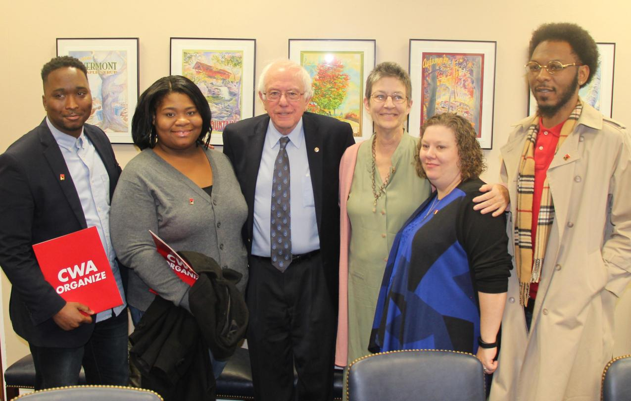 GDIT workers meet with Senator Sanders